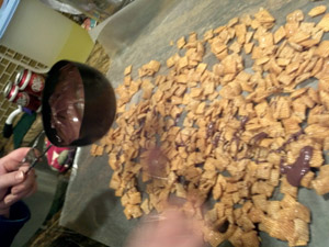 Central Texas Mom Review MyGetTogether Hosting Experience with Chex® Party Mix-Change