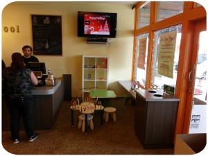 Central Texas Mom Review Berry Cool Whitestone frozen yogurt in Cedar Park Austin Texas