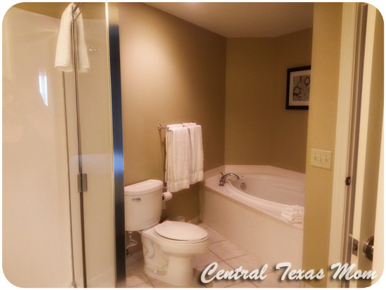 Family-Travel-Holiday-Inn-Club-Vacations-Galveston-Beach-Resort-Review8